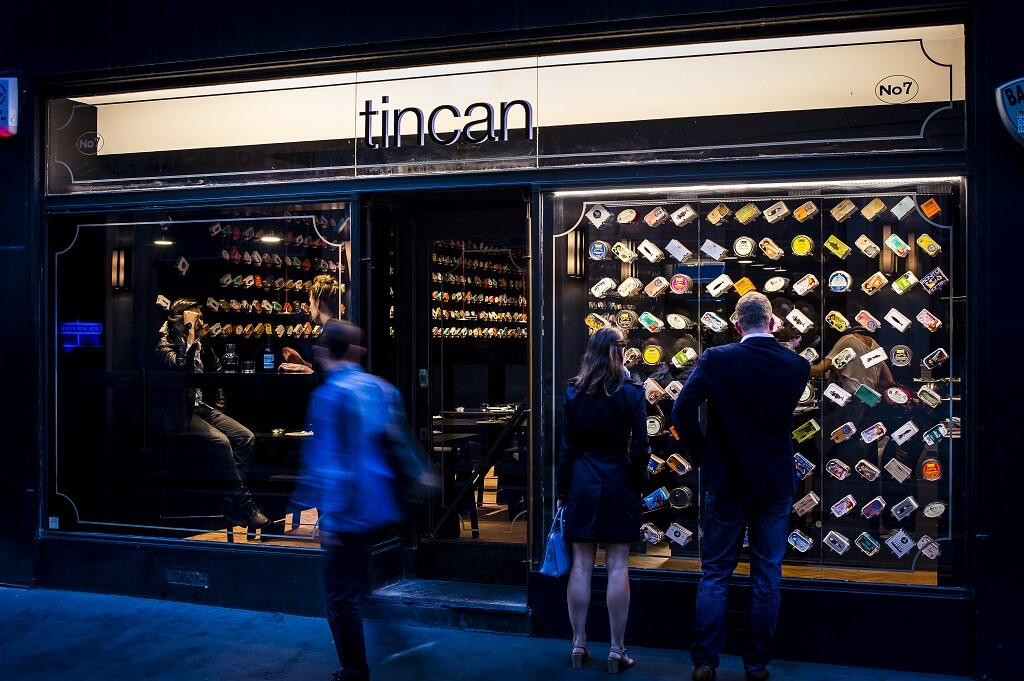 Le pop-up restaurant Tincan de Amanda Levete à Soho