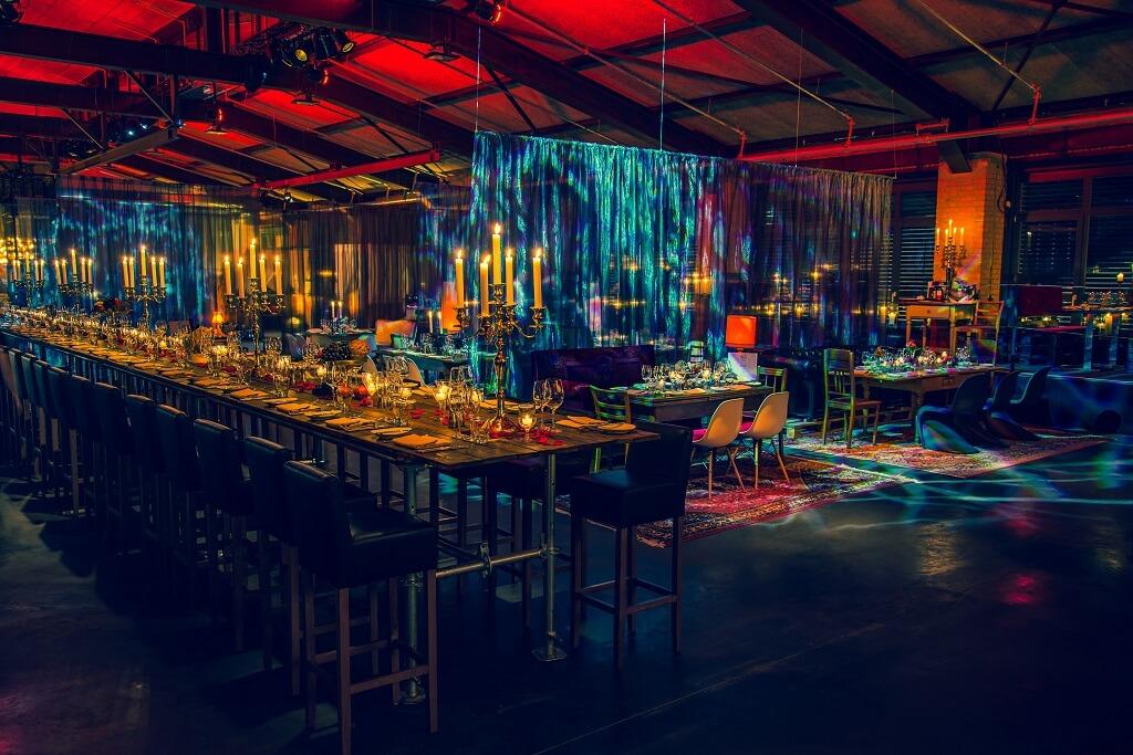 A mysterious urban Venue : Rauschenberger's Supper Club