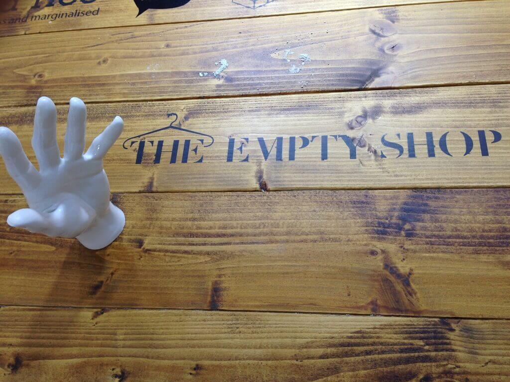 The Empty Shop – le premier pop-up store avec… vos vêtements