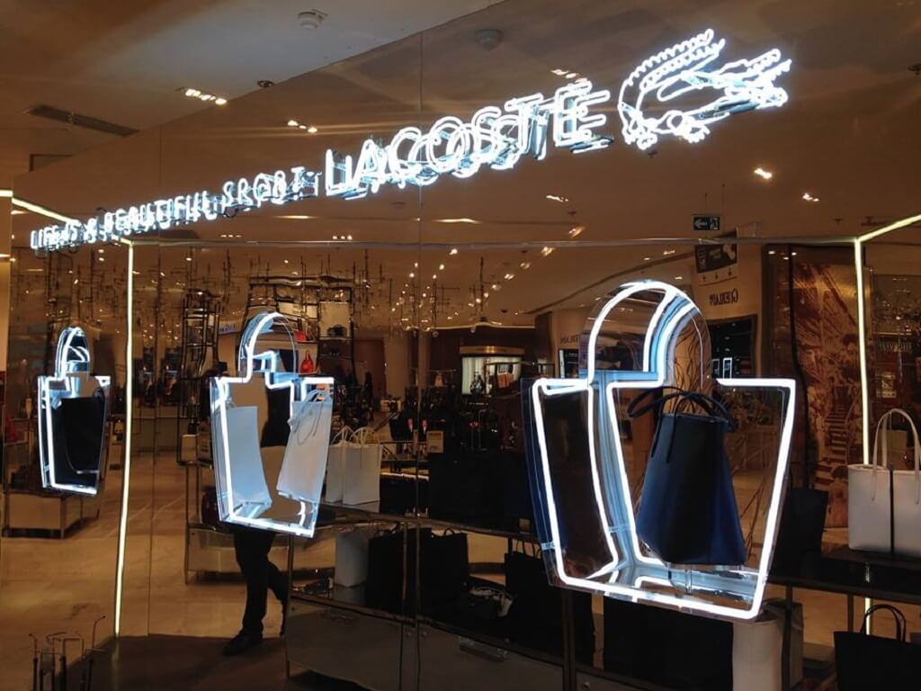 LE POP-UP STORE EXCLUSIVE CUIR LACOSTE AU PRINTEMPS HAUSSMANN