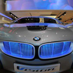 Augmented Reality used at BMW flagship store. Guess for what …