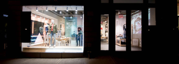 American Eagle makes your pair of jeans and the customer experience unique
