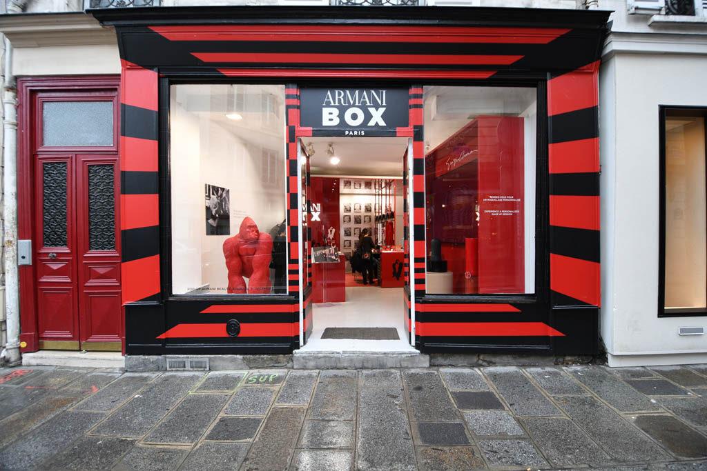 Armani box popup store