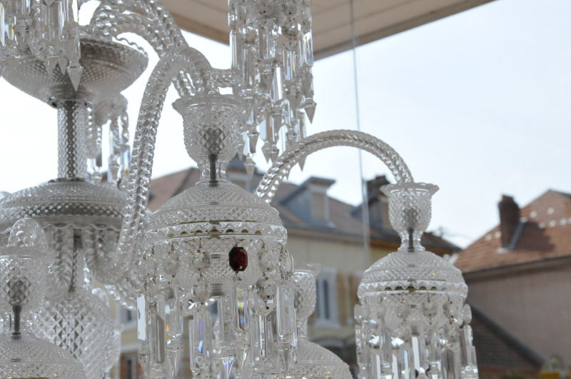 A few more pictures of Baccarat's red-cystal …