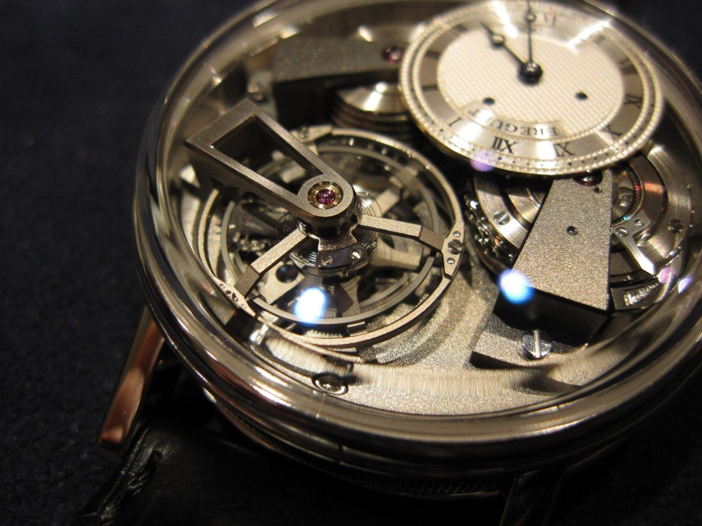 Invent an identity: the case of Breguet's watches