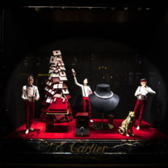 Retail design : Cartier store window Display Christmas 2017 in Paris