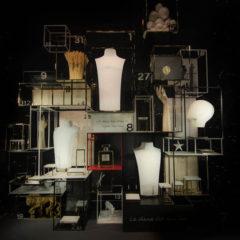 Retail : vitrines de fête pour la boutique Chanel, place Vendôme