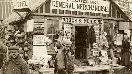 """Magasin général (""""general store"""") lors de la ruée vers au Yukon au XIXème siècle"""