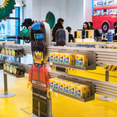 Retail : here's how Lego ensures customers buy more