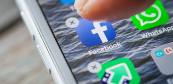 Facebook alert: users are massively desinstalling the app in the US