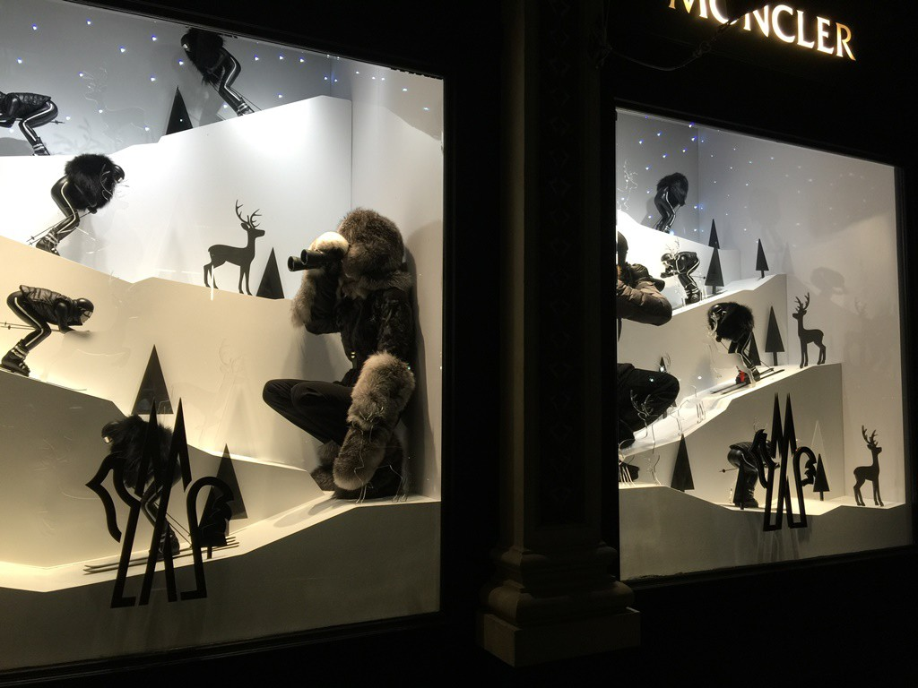 sports shoes dbef3 55a0a Moncler's Christmas store windows in Soho