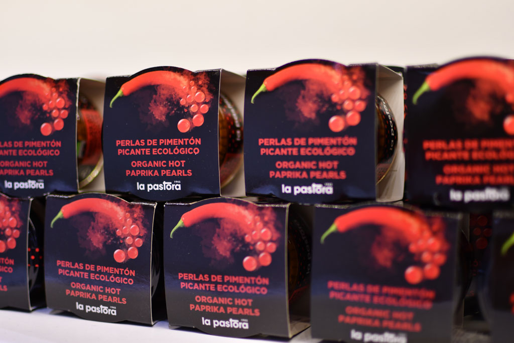 Packaging of the paprika balls launched by La Pastora