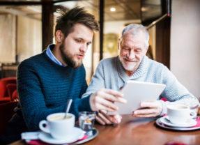 Les jeunes ont-ils plus de compétences digitales que leurs aînés ?