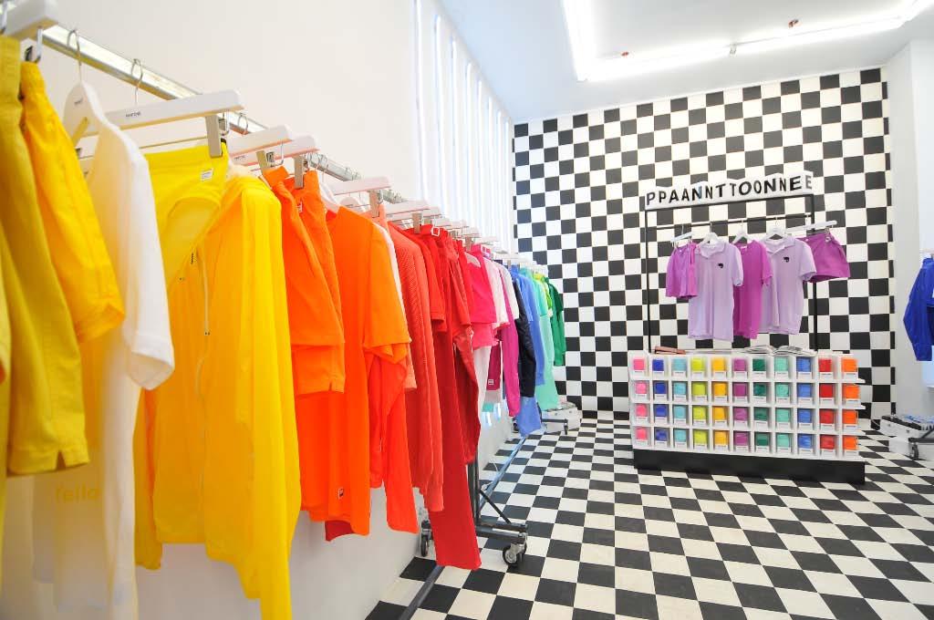 pantone opens a popup store in paris