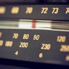 De nieuwe generaties luisteren nooit meer radio ….zoals voorheen.